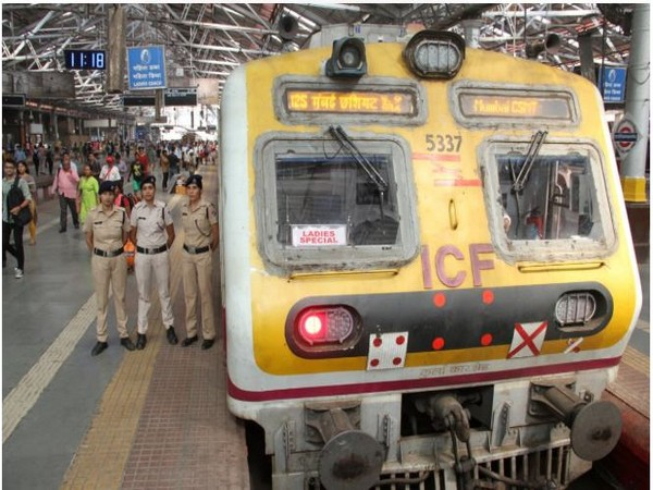Ladies Special train inaugurated by Central Railway. Photo/ANI