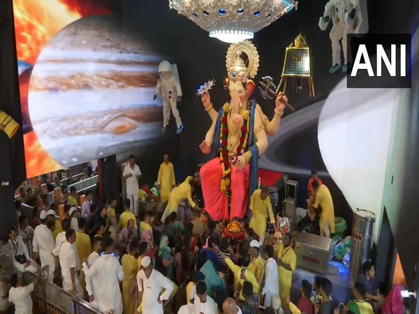 Visual from Lalbaughcha Raja pandal in Mumbai on Monday. Photo/ANI