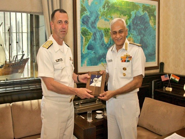 Admiral John Michael Richardson, Chief of Naval Operations of US Navy, on Monday called on Admiral Sunil Lanba, chairman COSC and CNS in New Delhi during his visit to India. Photo/ANI