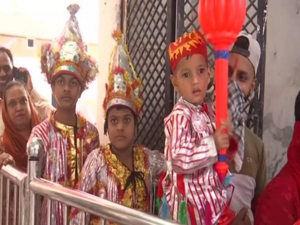 Kids dressed like 'Langoors' at Bada Hanuman Mandir in Amritsar, Punjab. (Photo/ANI)