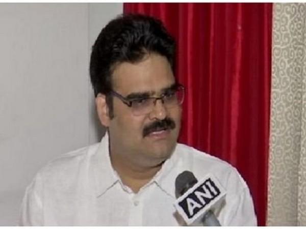 Andhra Pradesh BJP leader, Lanka Dinakar (file photo)