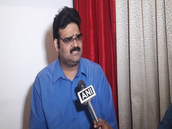 BJP spokesperson Lanka Dinakar talking to ANI in Amaravati on Saturday. Photo/ANI