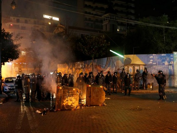 35 people injured in clashes near Russian Embassy in Lebanon