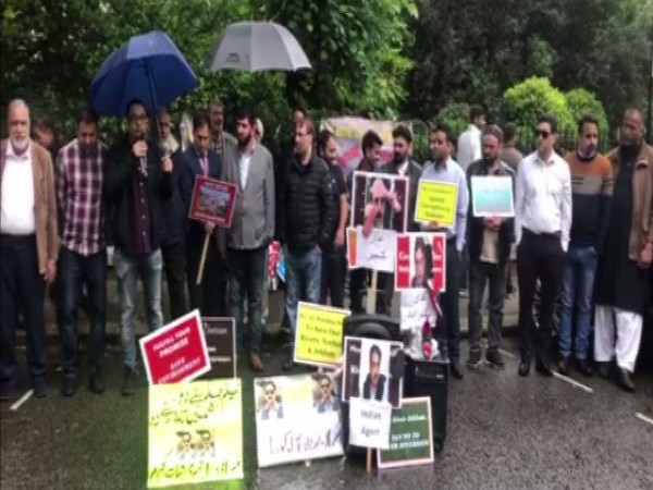 Anti-Pakistan protest outside the Pakistan High Commission in London on Tuesday