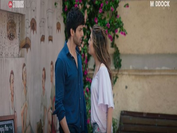 A still from the official trailer of the forthcoming film 'Love Aaj Kal' starring Sara Ali Khan and Kartik Aaryan.
