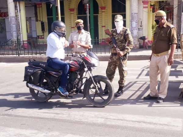 Police taking stern action against those flouting the rules of lockdown in Lucknow