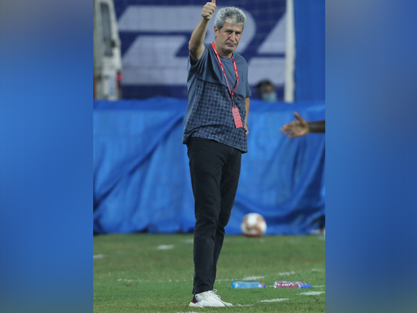 Hyderabad FC head coach Manuel Marquez is prepared for a high scoring game against FC Goa in match 43 of ISL season 7 at the Tilak Maidan Stadium on Wednesday. (Photo/ ISL)