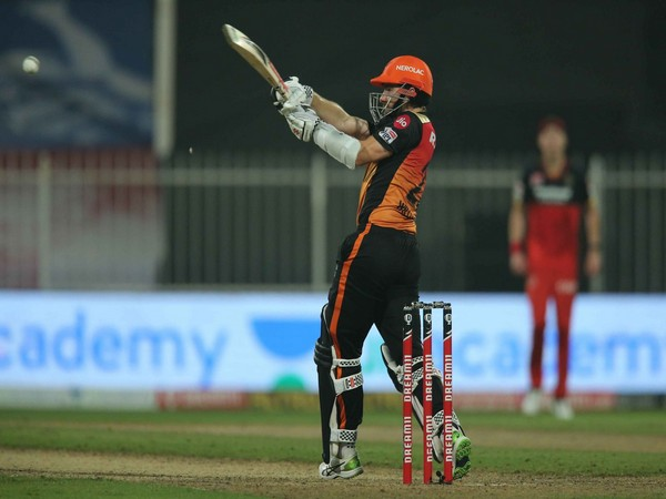 SRH batsman Kane Williamson in action against RCB (Photo/ iplt20.com)