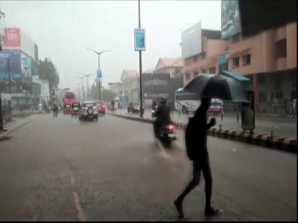 Heavy rains lashes Mangalore [Photo/ANI]