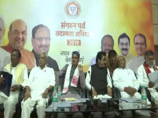 Senior BJP leaders including former CM Shivraj Singh Chouhan and BJP state president , Rakesh Singh present at the meeting. Photo/ANI