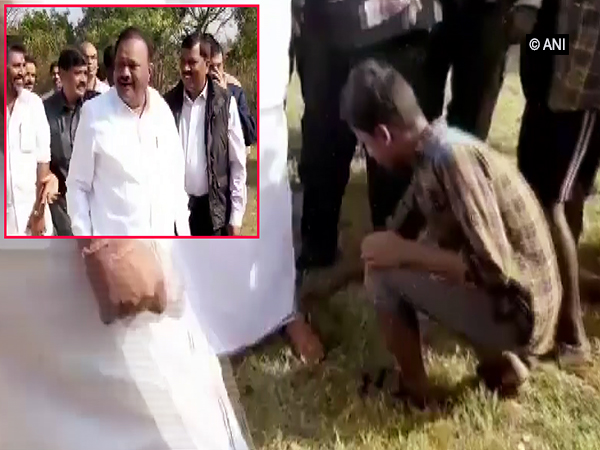AIADMK minister directed tribal boy to remove his slippers on Thursday. Photo/ANI