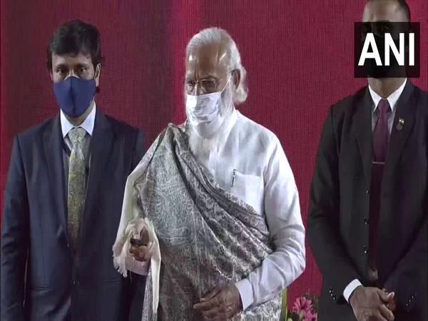 Prime Minister Narendra Modi launching development projects in Haldia, West Bengal. (Photo/ANI)