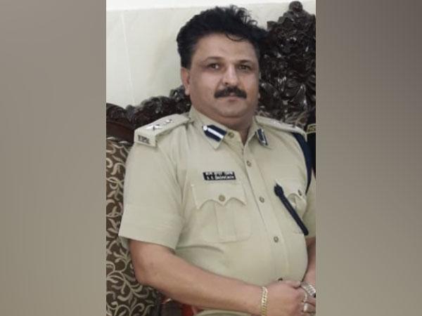 The Fake IPS Officer