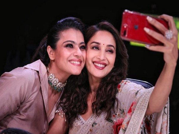 Actors Madhuri Dixit, and Kajol (Image source: Twitter)
