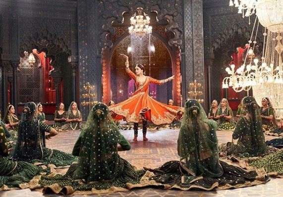 Madhuri Dixit in 'Kalank' song 'Tabaah Ho Gaye', Image courtesy: Instagram