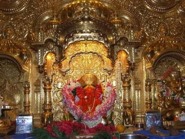 Mumbai's Siddhivinayak Temple (file photo)