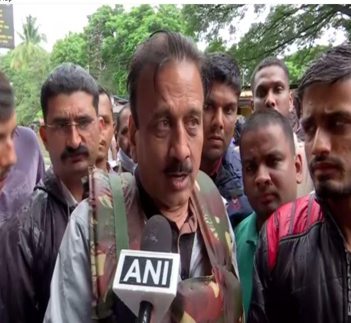Maharashtra Minister Girish Mahajan under attack over selfie