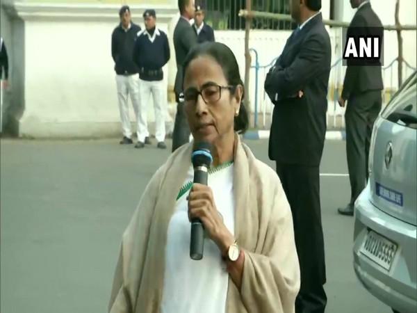 West Bengal Chief Minister Mamata Banerjee speaking at Kolkata, West Bengal on Saturday. (Photo/ANI)