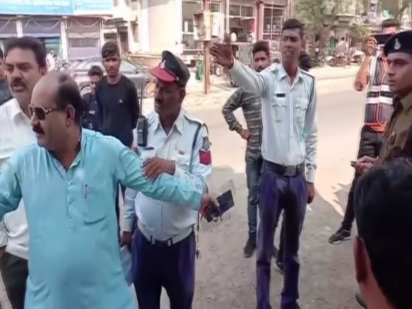 A video of the incident has also surfaced, in which local Congress leader Raghvendra Singh Tomar was seen shouting at the police for 'harassing' school going students.