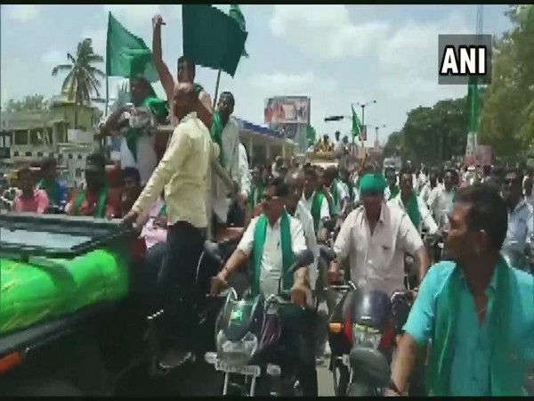 Farmers' protest in Mandya enters eighth day on Friday.