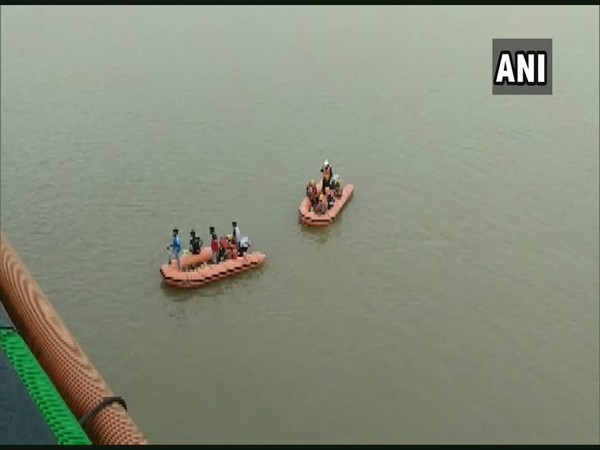 Search operation underway at the spot from where Siddhartha went missing.Photo/ANI