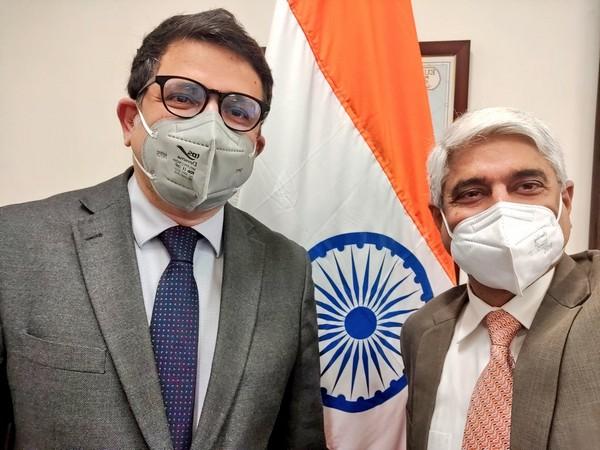 Vikas Swarup, Secretary (West), Ministry of External Affairs (MEA) with Ambassador-designate to Portugal, Manish Chauhan (Twitter)
