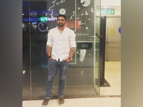 Manish Kumar Jhamnani, Founder