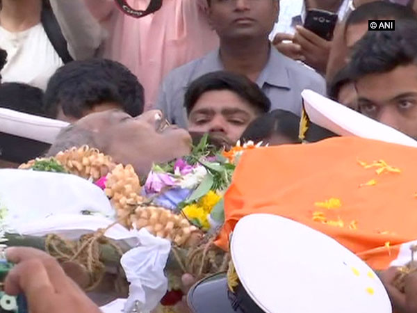 Mortal remains of Manohar Parrikar brought for people to pay last respects to him