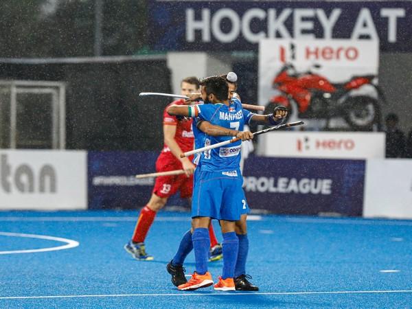 Manpreet Singh celebrating a goal with a teammate. (Photo/Hockey India Twitter)