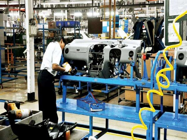 The manufacturing sector contracted by 0.4 pc in March