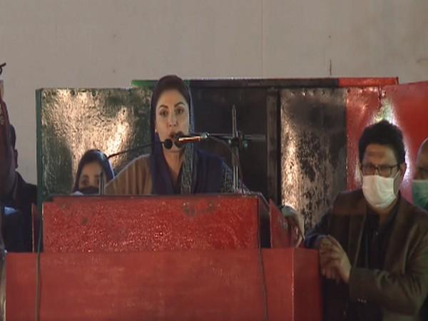 PML-N vice president Maryam Nawaz speaking in Larkana on Sunday.