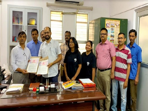 Medha signs agreement with Joint Entrance Examination Council, UP