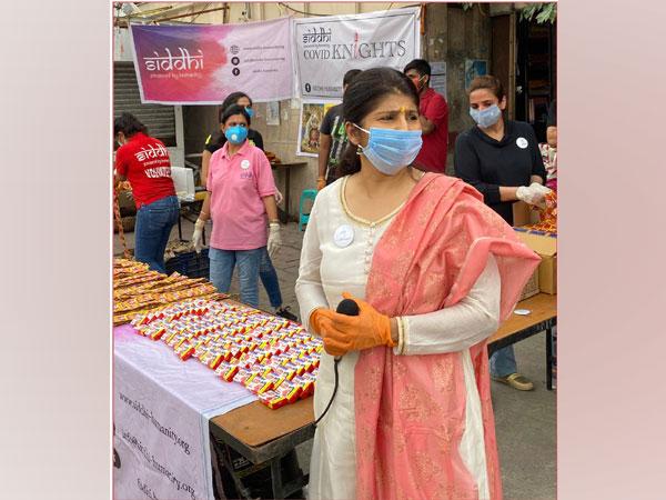 Dr Meenaa Mahajjan
