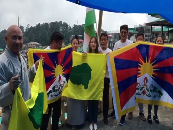 Members of Tibetan Youth Congress cheering for the Indian Army, government on Monday. Photo/ANI