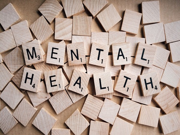 Poor physical health, functional limitations, insomnia and a history of depression were impediments to excellent mental health in the sample.