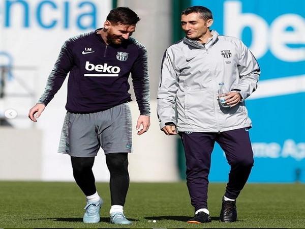 Lionel Messi with Ernesto Valverde (Photo/ Lionel Messi Instagram)