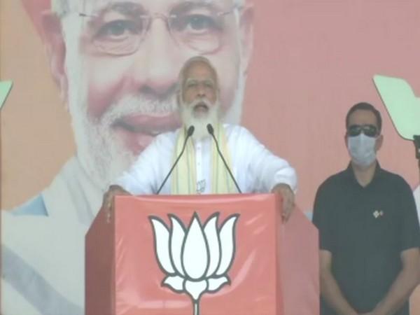 Prime Minister Narendra Modi speaks at the rally in Motihari on Sunday. (Photo/ANI)