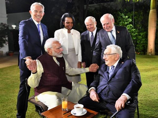 Prime Minister Narendra Modi with Tony Blair, Henry Kissinger, Condoleezza Rice, John Howard and Robert Gates in New Delhi on Tuesday. Photo/Twitter