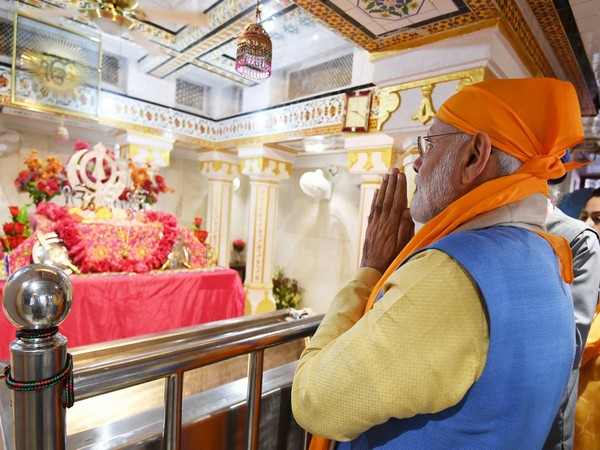 Prime Minister Narendra Modi at Gurdwara Ber Sahib in Sultanpur Lodhi, Punjab on Saturday. (Photo Credits: Narendra Modi Twitter)