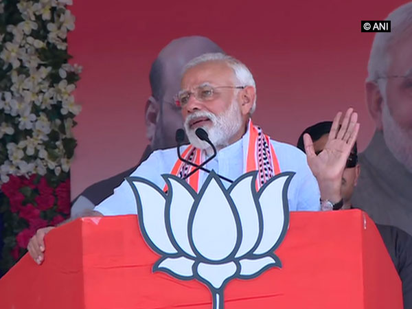 Prime Minister Narendra Modi addressing an election rally in Junagadh, Gujarat on Wednesday.