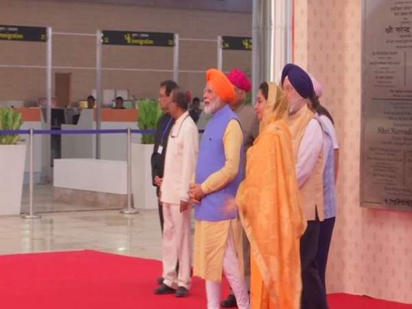 Prime Minister Narendra Modi at Integrated Check Post of Kartarpur Corridor in Dera Baba Nanak, Gurdaspur on Saturday.