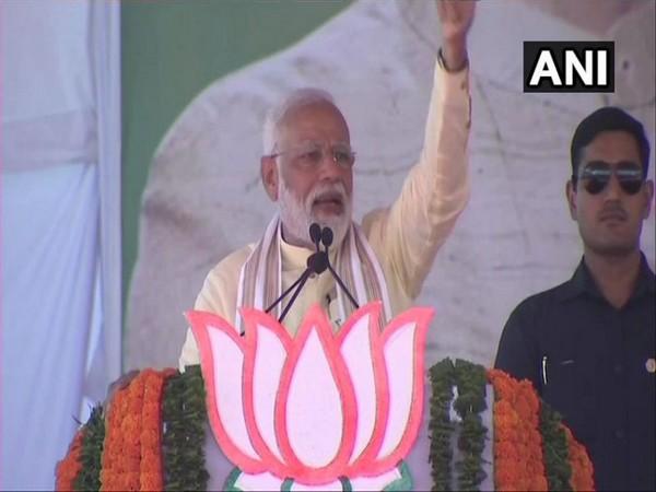 Prime Minister Narendra Modi speaking at a public rally in Dindori
