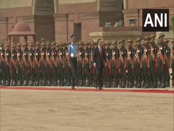 Mongolian President receives ceremonial reception at Rashtrapati Bhavan