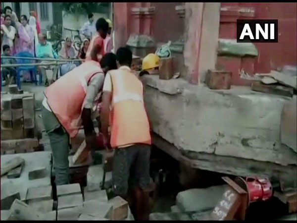 A 2-storeyed minaret of a historic mosque is being shifted in Assam. Photo/ANI