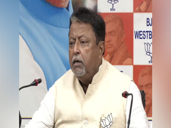 BJP leader Mukul Roy addressing a press conference in Kolkata on Sunday. Photo/ANI