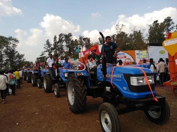 Multiple Sonalika Tractor