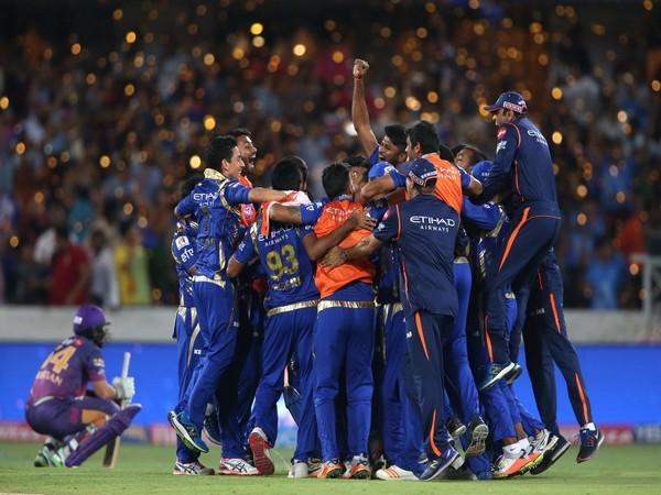 Mumbai Indians beat RPSG to win third title.