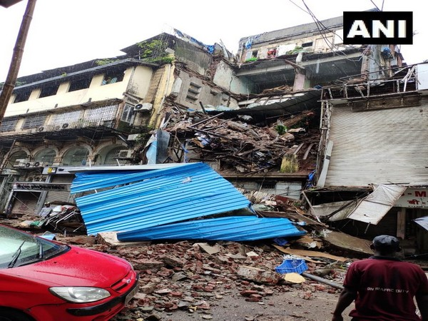 Visuals of the portion of the four-storeyed building that collapsed in Mumbai's Lokmanya Tilak Road on Friday.