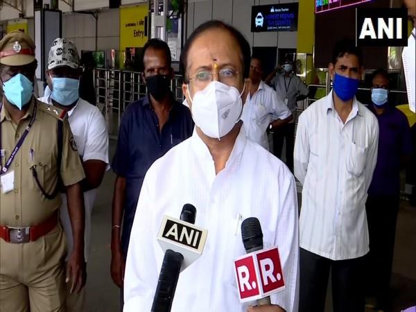 MoS External Affairs V Muraleedharan speaking to reporters in Thiruvananthapuram on Friday. Photo/ANI