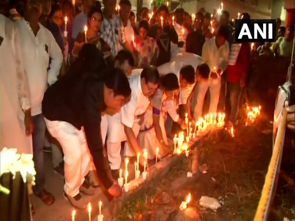 Locals hold candlelight march in protest over Murshidabad triple murder on Saturday.